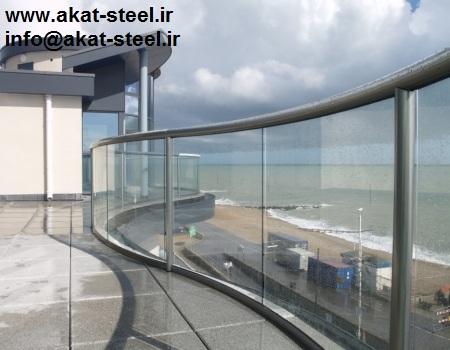 نرده شیشه ای بالکن با پایه و هندریل آلومینیومی